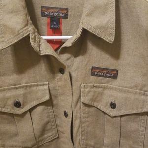 Patagonia Tops - Patagonia Women's Farrier Shirt